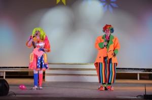 Клоуны Чупа и Чупс в кругу друзей (Фото 3)