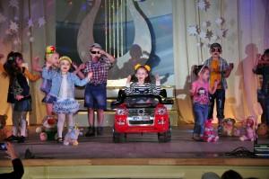 Отчетный концерт творческих коллективов ДК «Шахтёр» (Фото 3)
