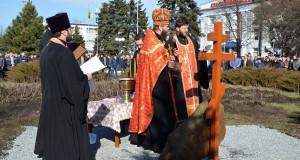 На «Краснолиманской» заложен первый камень будущего храма священномученика Ювеналия