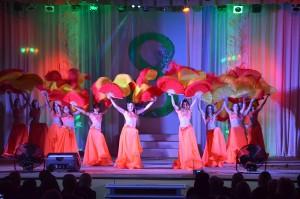 На «Краснолиманской» торжественно поздравили женщин с праздником 8 Марта (Фото 4)