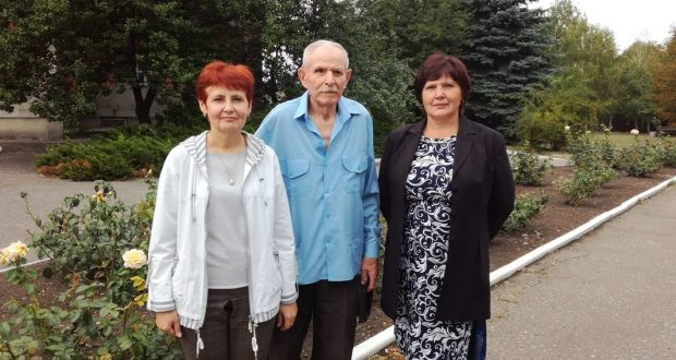 Сотрудники «Краснолиманской» поздравили ветеранов с Днем освобождения Донбасса